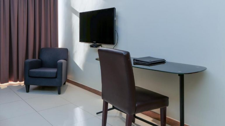 executive-rooms-8-tanzanite-executive-suites